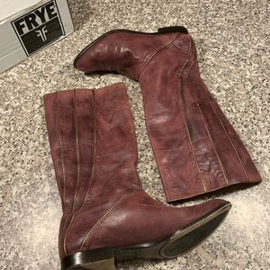 Frye Cindy Piping Boots Size 9 GUC
